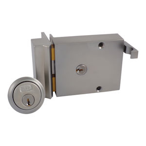 #13 - Union 1332 Standard Cylinder Rim Drawback Lock